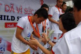 Vietnam students run Race for Survival for better health services for children in remote and ethnic minority communities